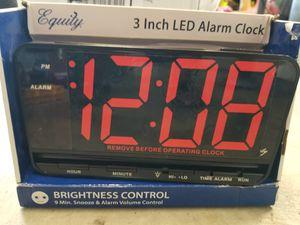 Big alarm clock for Sale in Tolleson, AZ
