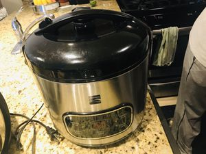 Kenmore rice cooker with steamer and Hamition beach slow cooker for Sale in Hoffman Estates, IL