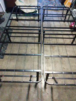 Queen Size Metal Box Spring for Sale in Battle Ground, WA