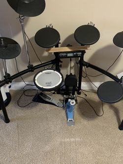 Roland Electric Drum Set for Sale in Long Beach,  CA