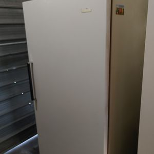 Good Working Freezer Excellent Condition $150 for Sale in Stockton, CA