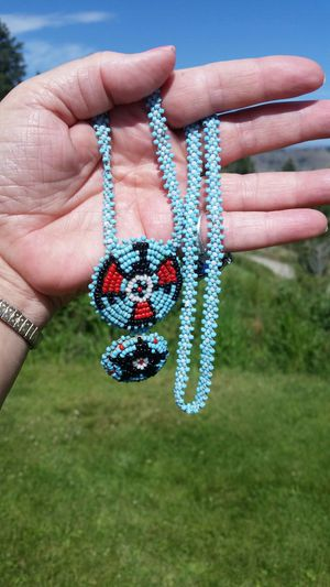 Vintage Native American Indian Beaded Medallion Necklace for Sale in Wenatchee, WA