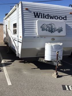 2006 Wildwood Travel Trailer for Sale in Cypress,  CA