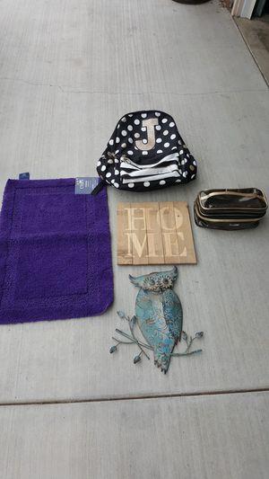 Wood home decor owl metal wall decoration new bathroom rug make up bag organizer for Sale in Corona, CA