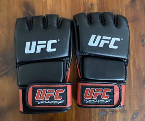 UFC Gloves Size L/XL Brand New Open Palm Gloves for Sale in Gilbert, AZ