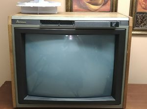 """Mitsubishi 25"""" stereo console TV for Sale in Durham, NC"""
