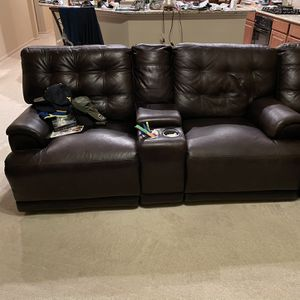 Sectional Recliner From Rooms To Go for Sale in Humble, TX