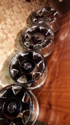 Chrome 18 inch Caddilac wheels! Brand new! for Sale in Florissant, MO