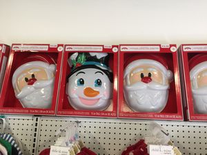 "15"" tall animated greeter christmas decorations for Sale in West Palm Beach, FL"