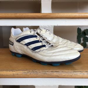 Adidas Predator Cleats Size 10.5 for Sale in Chicago, IL