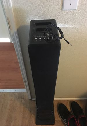 ICraig tower stereo system for Sale in Orange, CA