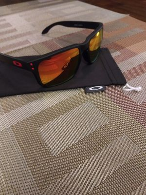 Oakley Holbrook sunglasses for Sale in Rialto, CA