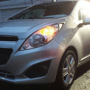 2013 Chevrolet SPARK LS 5 SPEED MANUAL SHIFTING for Sale in Chester, PA