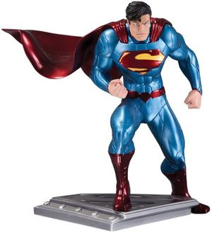 DC Collectables Superman Jim Lee Statue Factory Sealed for Sale in Las Vegas, NV