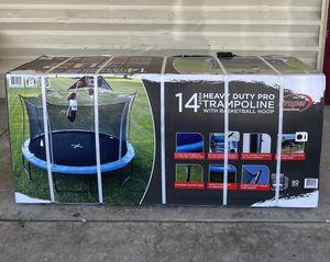 Brand New Trampoline (14 feet)   Trampolín Nuevo (14 pies) for Sale in El Monte, CA