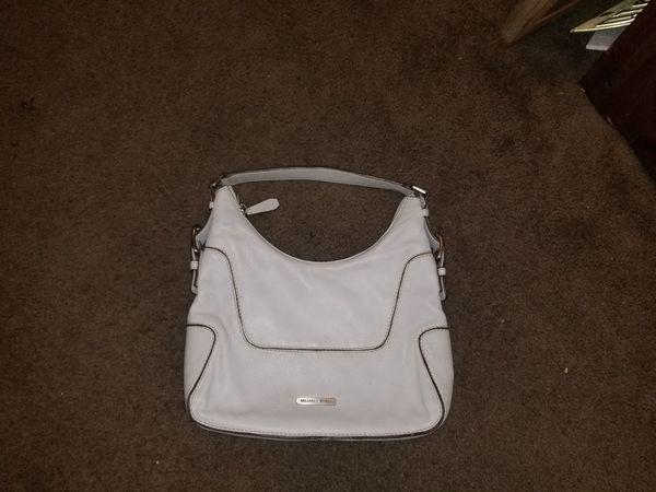 Vintage Beautiful Michael Kors Brooke White Hobo Shoulder bag. #616N