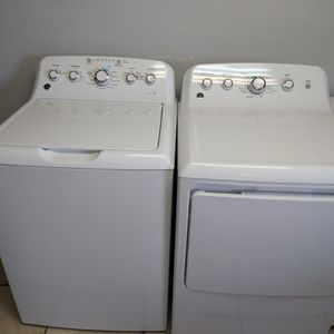 Like New Extra Large Capacity Washer And Gas Dryer Set for Sale in Pompano Beach, FL