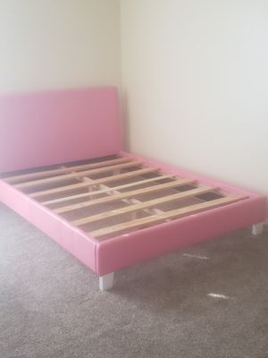 Pink leather bed frame full sized, need tools to take down upon picking up for Sale in Memphis, TN