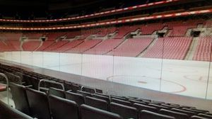 Florida Panthers vs Philadelphia Flyers / Sec 132 / Tue 11/19/2019 for Sale in Fort Lauderdale, FL