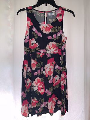 OLD NAVY FLORAL DRESS SIZE PETITE M for Sale in Alhambra, CA