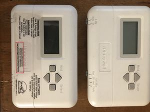 Lot of 2 Honeywell Digital 7-Day Programmable Thermostats for Sale in Palm Harbor, FL