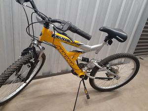 Magna mountain bike for Sale in Manassas, VA