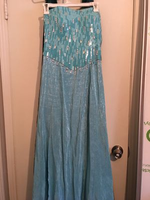 Frozen Elsa and Ana dresses for Sale in Houston, TX