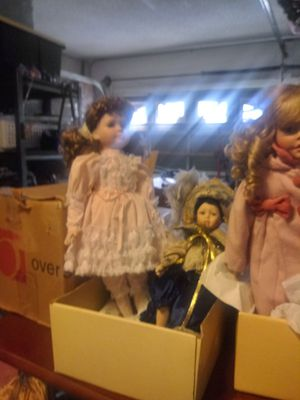 Collectible antique dolls for Sale in Pompano Beach, FL