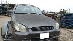 2001 Hyundai Sonata GLS 4DR Sedan 2.5L for parts... for Sale in Dallas, TX