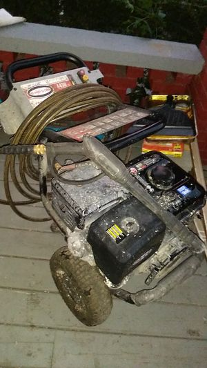 Simpson 4400 Professional Pressure Washer for Sale in Cleveland, OH