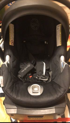 Cybex car seat 2014 for Sale in Renton, WA