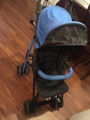 Urbini compact stroller for Sale in Riverside, CA