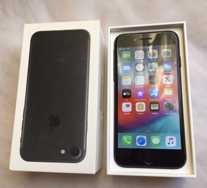 Iphone 7 unlocked 128 GB for Sale in Westover, WV