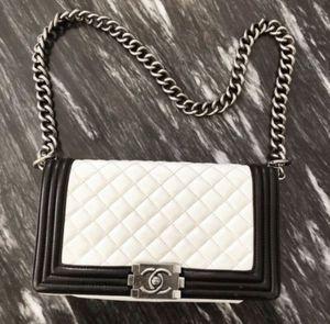 Chanel Medium Patent Calfskin Boy Bag for Sale in Las Vegas, NV