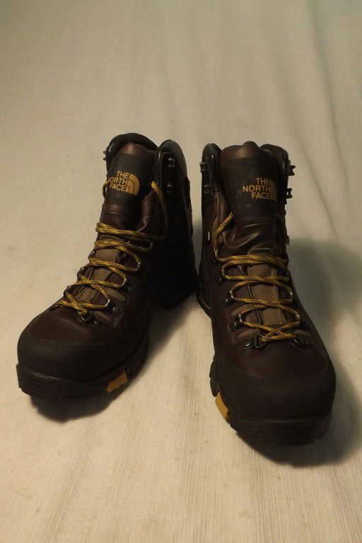 Tnf The North Face hiking boots size 10.5