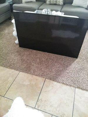55in TCL Roku smart tv for Sale in Hemet, CA