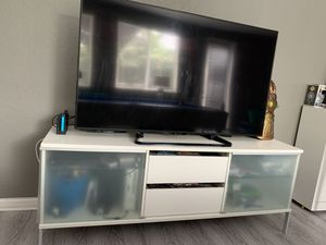Modern tv wall unit entertainment for Sale in Miami, FL