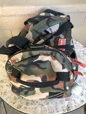 Dakine EQ camo 31L duffle bag LIKE NEW for Sale in Tempe, AZ
