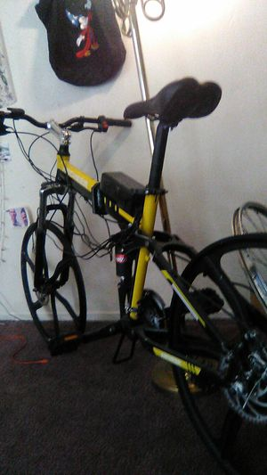 ANCHEER ELECTRIC BICYCLE for Sale in Fresno, CA