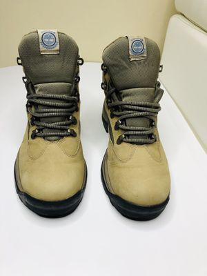Boots timberlands size us 8.5 women for Sale in Tampa, FL