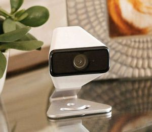 Xfinity 720p security camera for Sale in Houston, TX