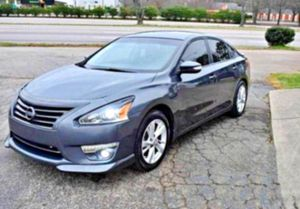 EXCELLENT Altima__2013__ for Sale in Montreal, MO