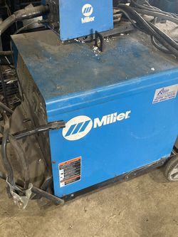 Welder for Sale in Molalla,  OR