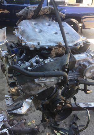 Motor g35 en partes . Sonó metal for Sale in Calimesa, CA