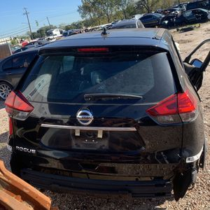 017 Nissan Rogue Parts Only for Sale in Houston, TX