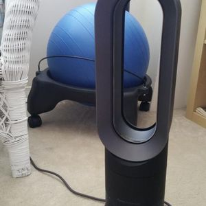 Dyson AM09 Hot & Cool fan for Sale in Ontario, CA