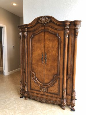 Mahogany Armoire for Sale in Wellington, FL