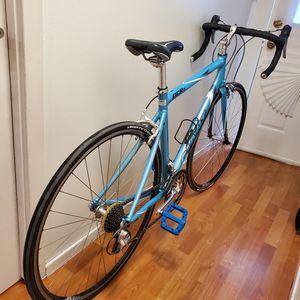 Road bike GIANT for Sale in Seattle, WA