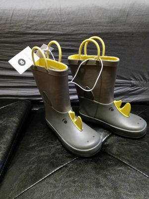 Sz 10 new rhino rain boots for Sale in Philadelphia, PA