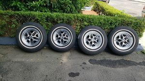 oldsmobile,cutlass supreme,cooper tires and rims, 205-75R14 for Sale in Chelsea, MA